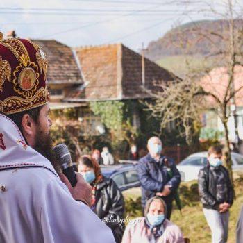 Binecuvântare arhierească pentru credincioșii din Cornești